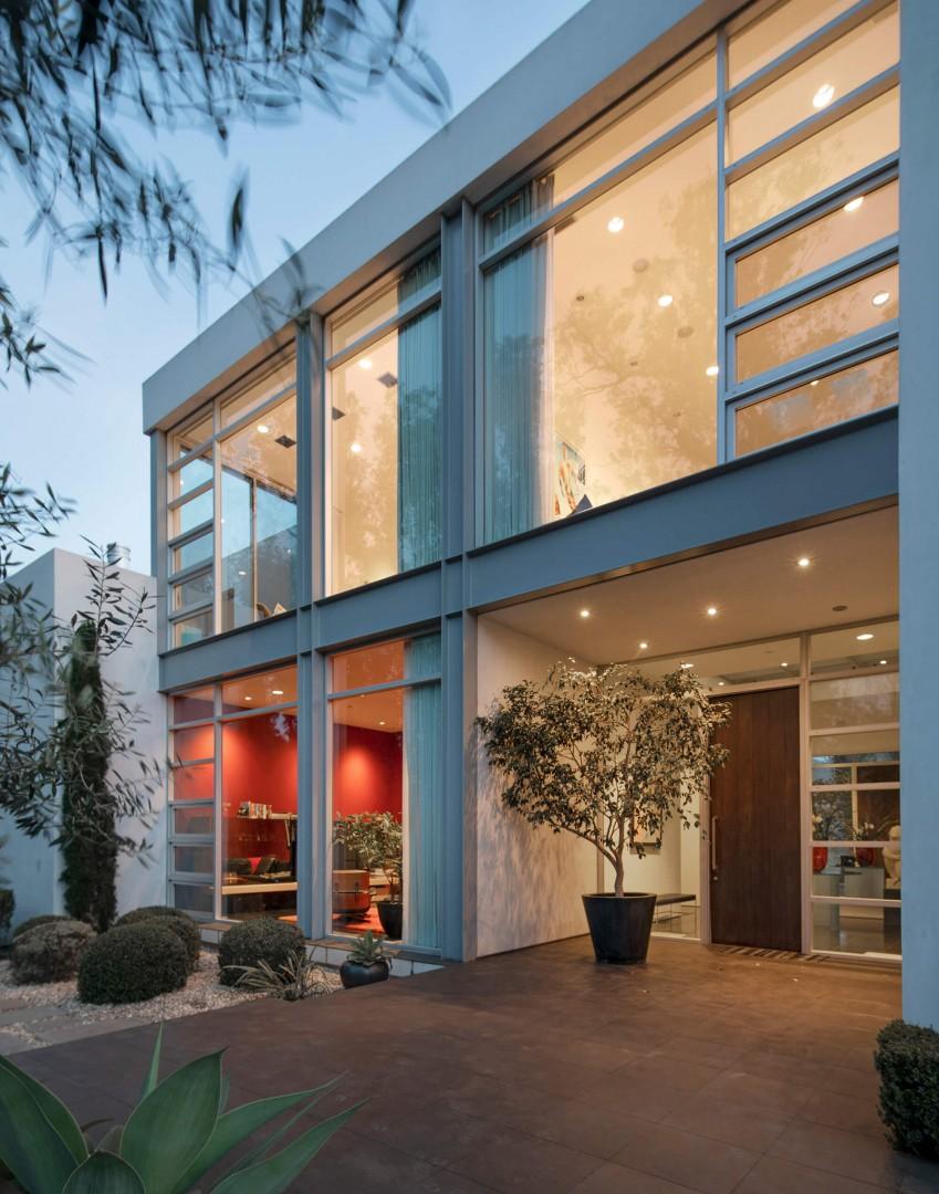 396 Woodley Rd, Montecito